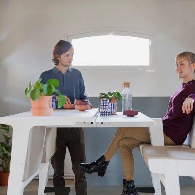 Prooff-Workspace-furniture-JoinTable-design-by-Bert-Masselus-1_HR