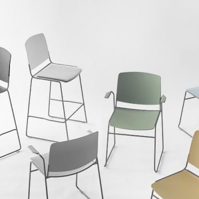 mass-stacking-chair-09